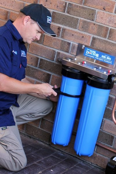 Installing a rainwater filter