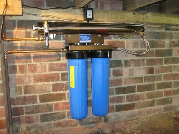 Twin Cartridge Whole House Filtration System with U.V. Sterilizer